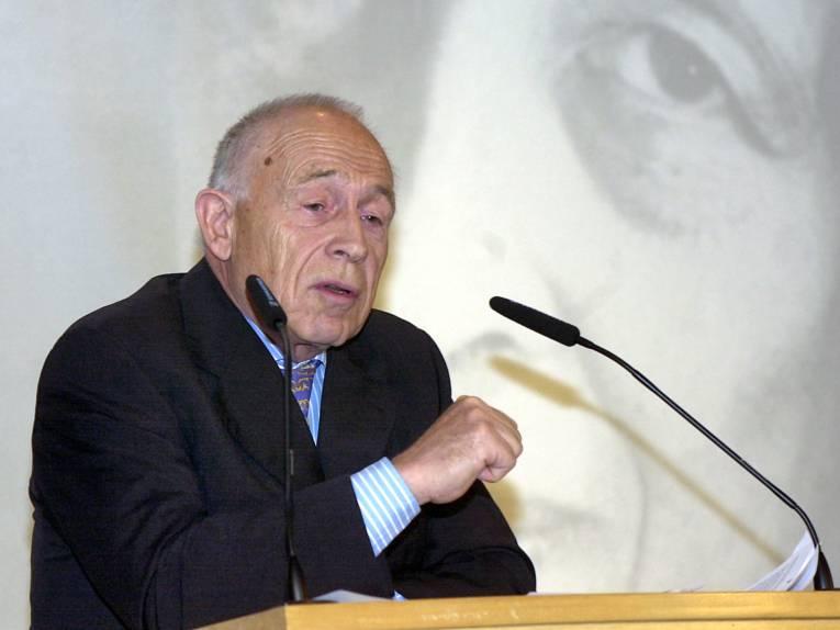 Dr. Heiner Geißler bei den Hannah Arendt Tagen 2004