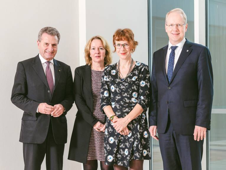 Günther H. Oettinger, Dr. Henrike Hartmann (VolkswagenStiftung), Prof. Dr. Ulrike Guérot und Stefan Schostok
