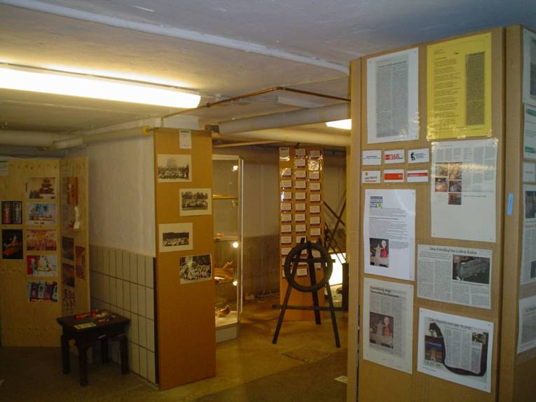 Anfang der Ausstellung