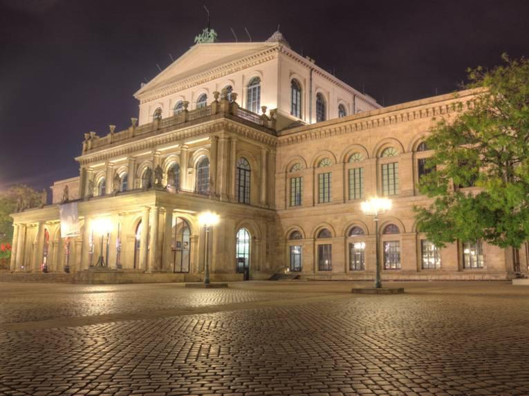 Zur Geschichte des Opernhauses in Hannover