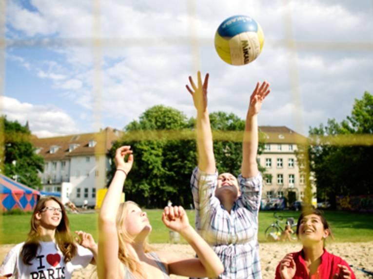 Beachvolleyball am Haus der Jugend