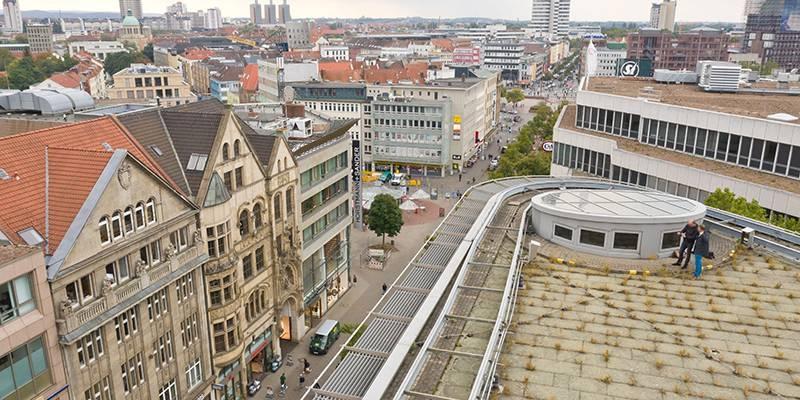 Karstadt-Dach und Umgebung