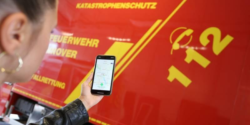 Die Handy-App Katwarn und die Feuerwehr Hannover
