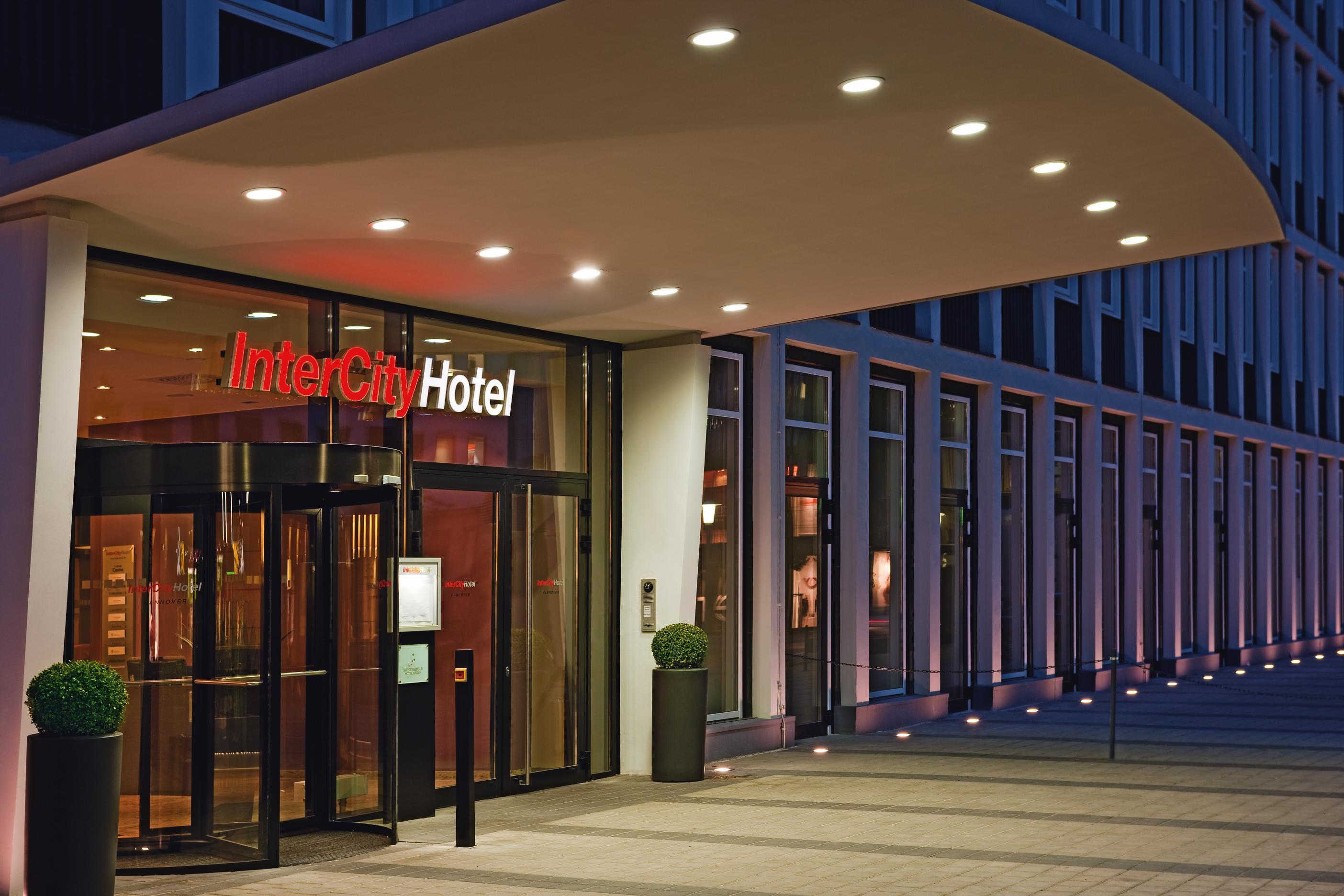 Intercityhotel hannover hotel 4 sterne branchenbuch for 4 sterne hotel dortmund
