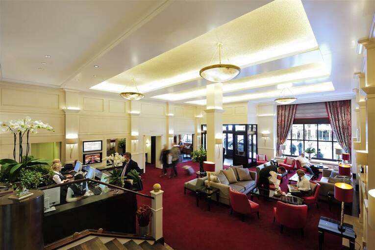 hannover zoo messe hotel zimmer restaurant urlaub parken. Black Bedroom Furniture Sets. Home Design Ideas