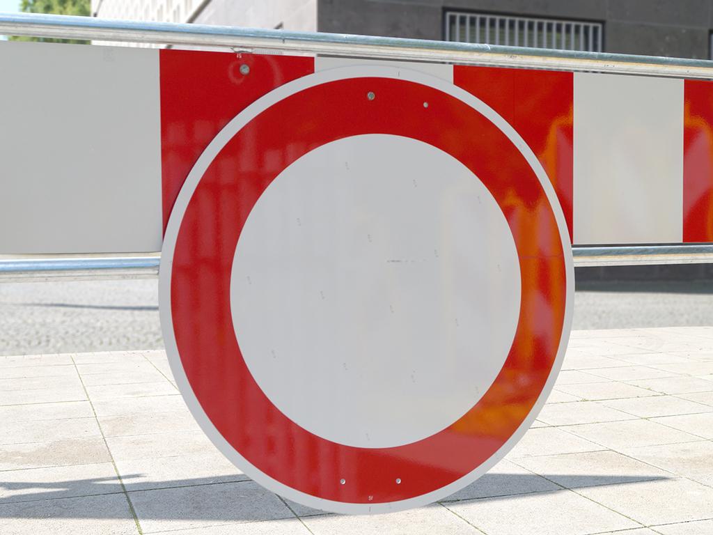 Ein Verkehrsschild mit rotem Rand, das innen weiß ist: Durchfahrt verboten