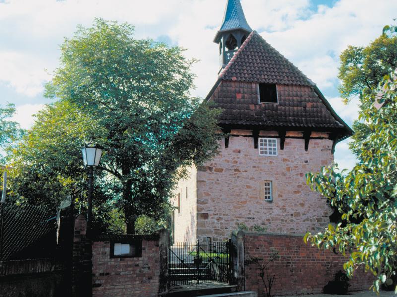 Kapelle, aus Bruchsteinen gebaut
