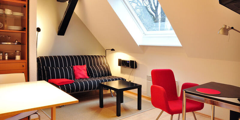 Hotels hotel zimmer pensionen privatzimmer in hannover buchen for Zimmer hannover