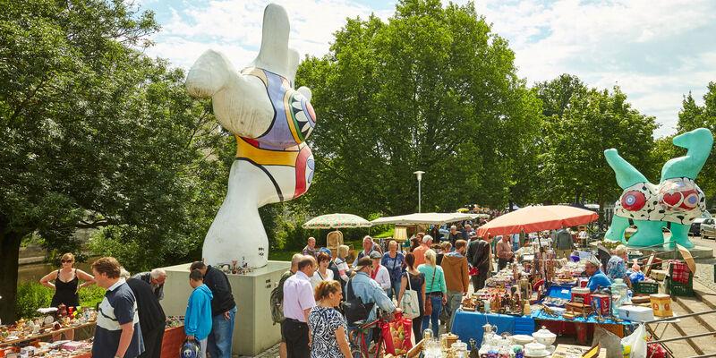 Flohmarkt Hannover Messe : flohmarkt hannover in der altstadt am leineufer ~ Pilothousefishingboats.com Haus und Dekorationen