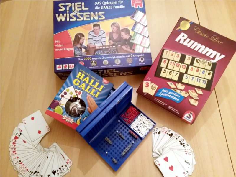 Ansammlung von mehreren Gesellschaftsspielen.