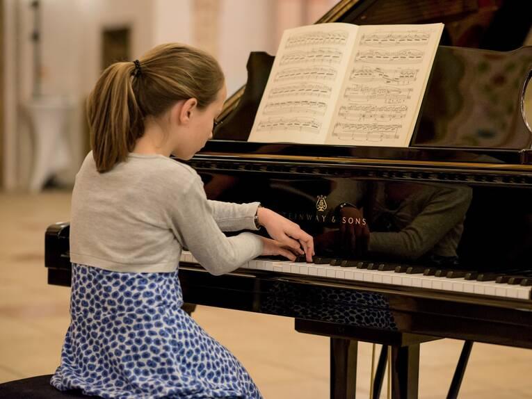 klavierspielerin