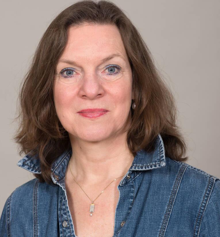 <b>Sabine Kleinau</b> Michaelis, Fachleitung Elementare Musik, Chor und Tanz - Sabine-Kleinau-Michaelis_image_full