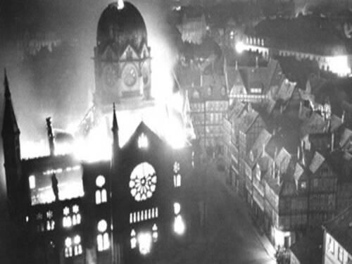 Am  Zerstorten Kommandos Der Hannoverschen Ss Neue Synagoge Gegen