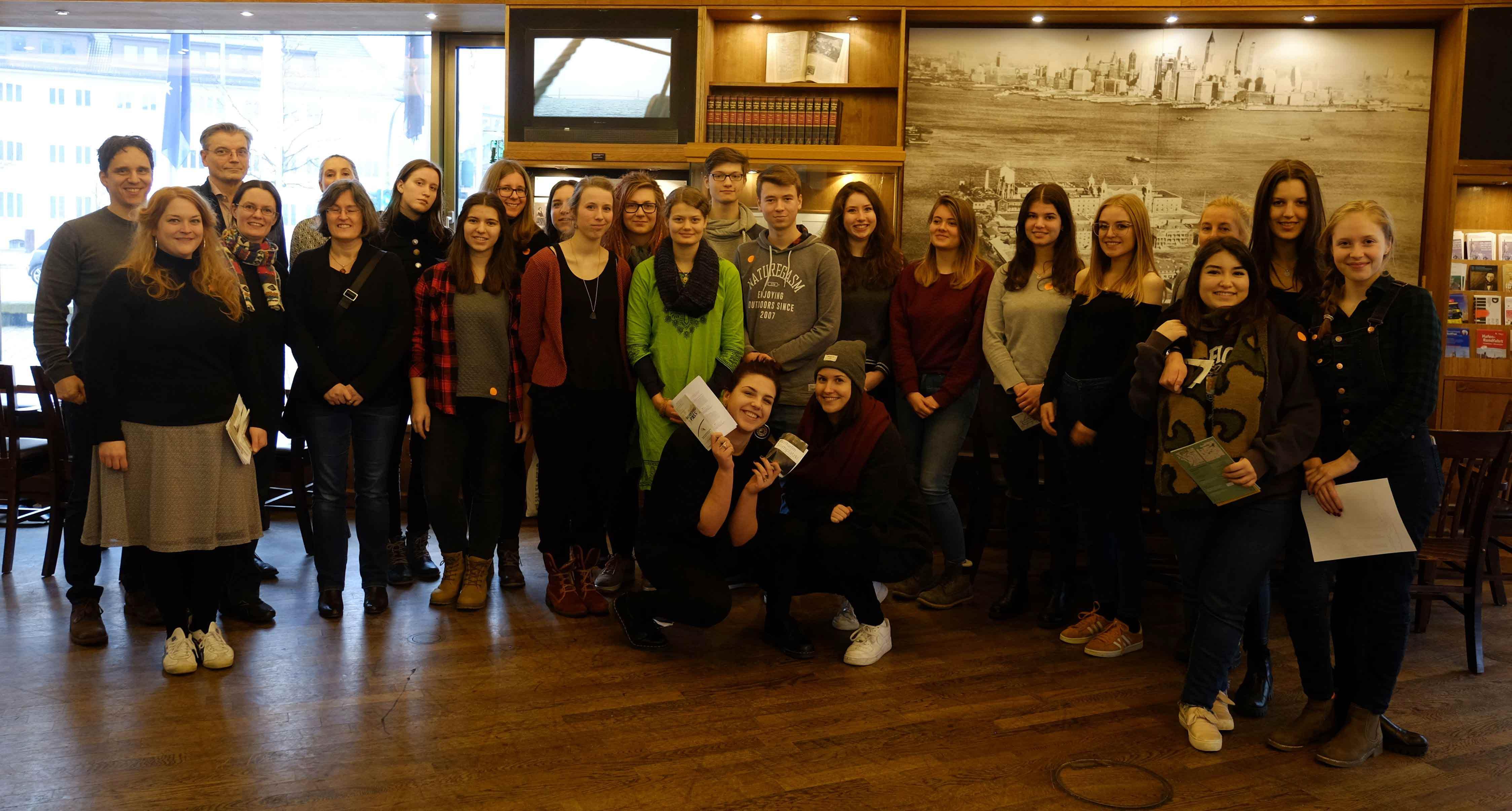 Eindrücke aus dem Deutschen Auswandererhaus Bremerhaven. Seitens der Stadt betreuen Julia Berlit-Jackstien, Dr. Edel Sheridan-Quantz und Anette Klecha das Projekt.