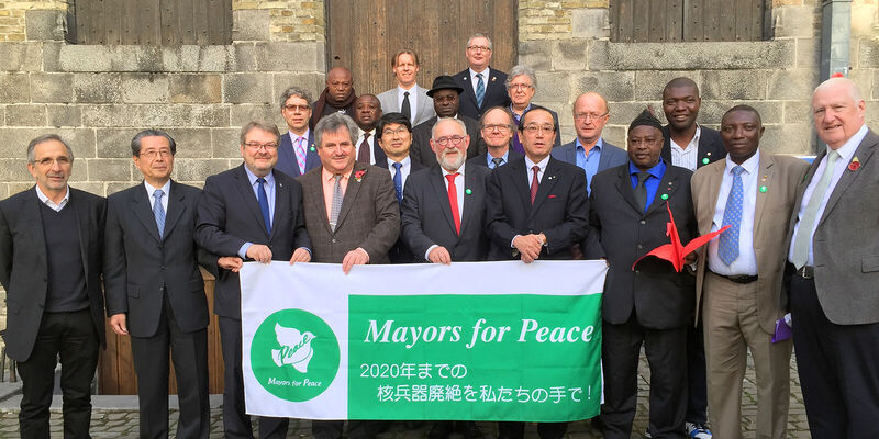 Teilnehmer der 9. Executive Conference der Mayors for Peace in Ypern/Belgien