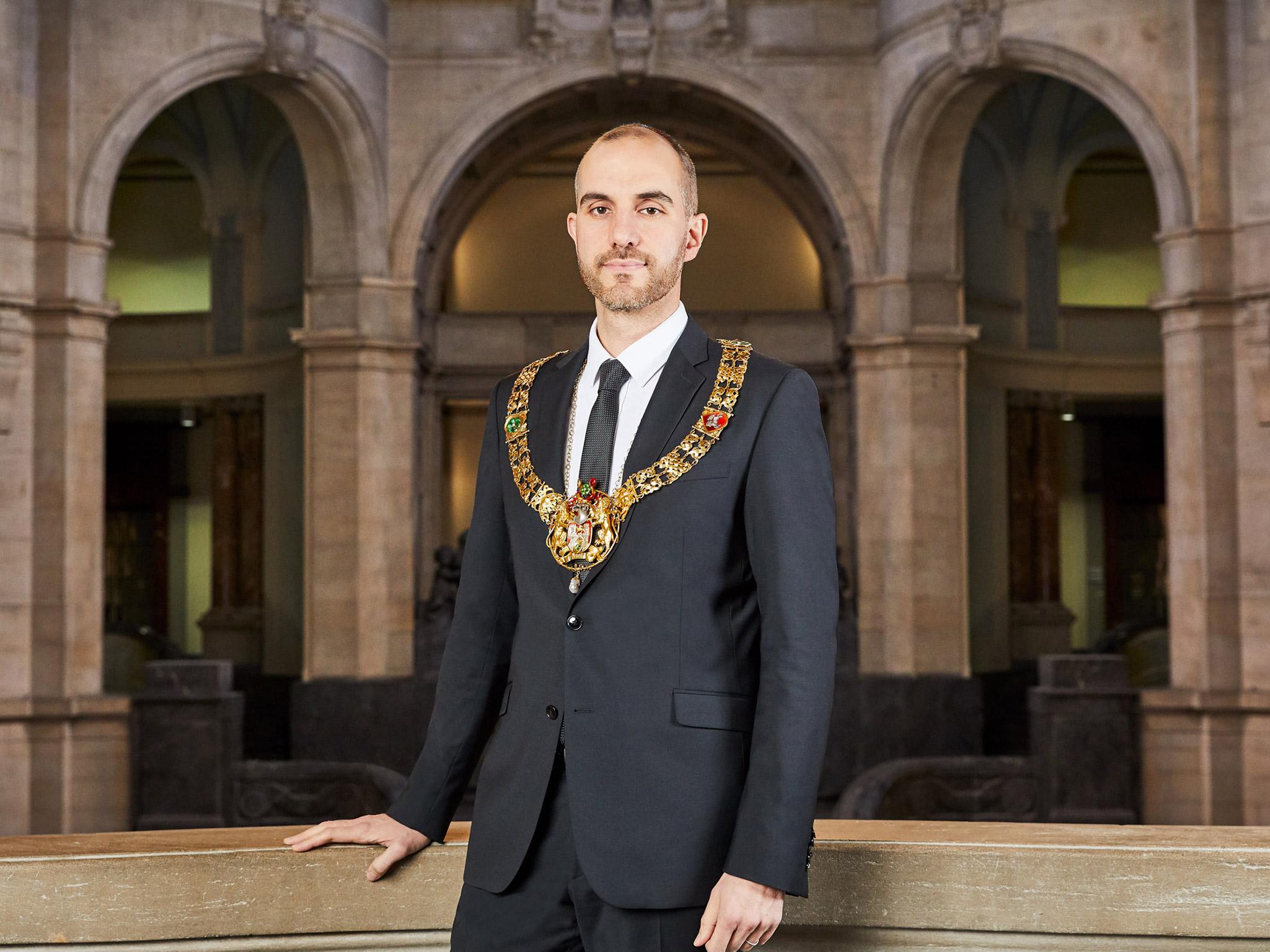 Portrait Oberbürgermeister Belit Onay