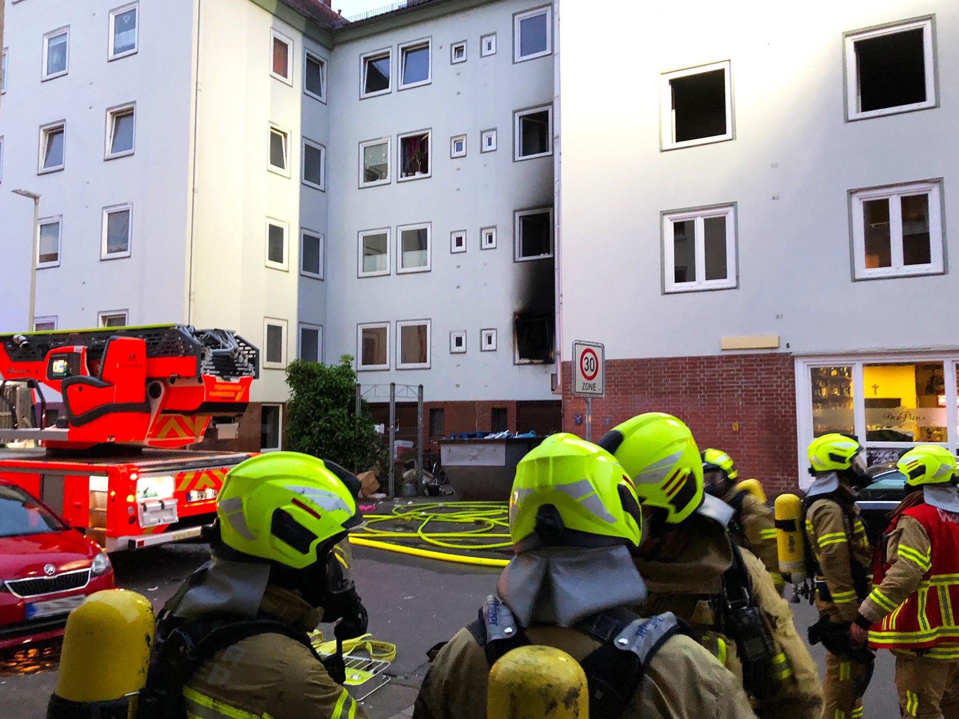 Eine Wohnung brennt im Stadtteil List