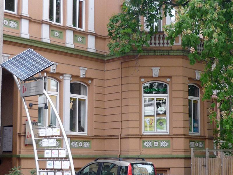Eingang zum Umweltzentrum Hannover in der Hausmannstraße
