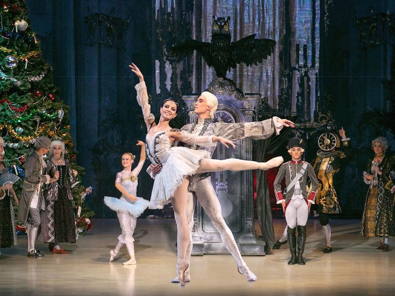 Ballett Weihnachten 2019.Der Nussknacker Live In Hannover