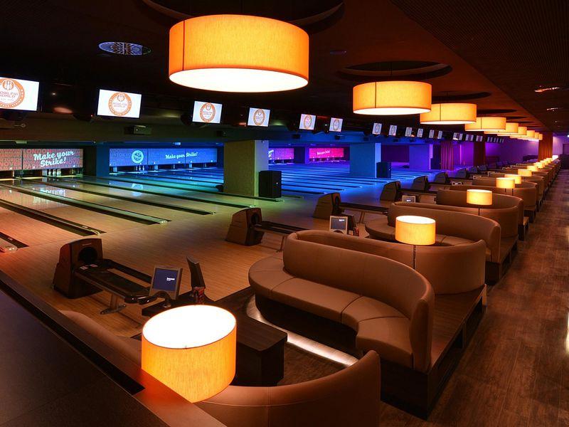 silvester party in der bowling world silvester und. Black Bedroom Furniture Sets. Home Design Ideas