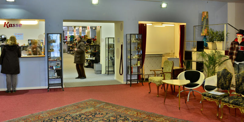 kaufhaus k nig zehn l den in hannover die einzigartig sind mal anders einkaufen in hannover. Black Bedroom Furniture Sets. Home Design Ideas