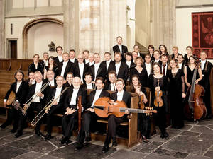 Musiker in Kirchengebäude