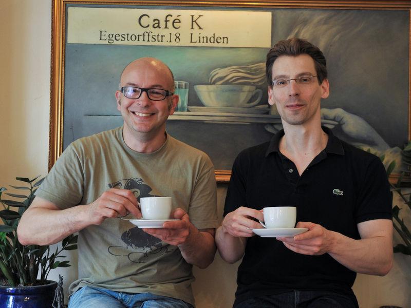 Ralf schnoor und peter d ker for Table quiz hannover