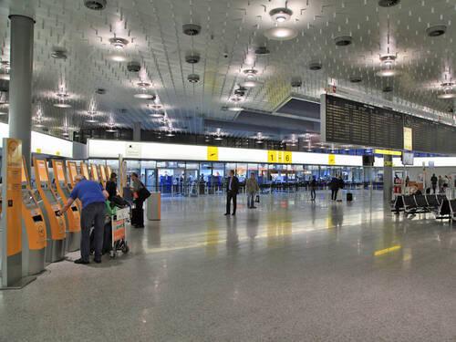 Flughafen Hannover Check In Nur In Terminal A Und B