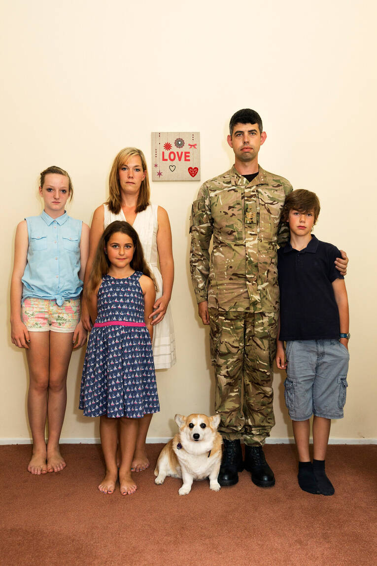 bad fallingbostel base staff sgt jonathan froggatt with family. Black Bedroom Furniture Sets. Home Design Ideas