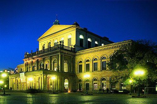 Blick auf die Oper